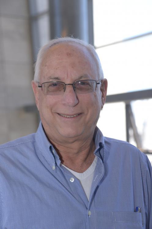 Dr Moshe Ben-Tzion